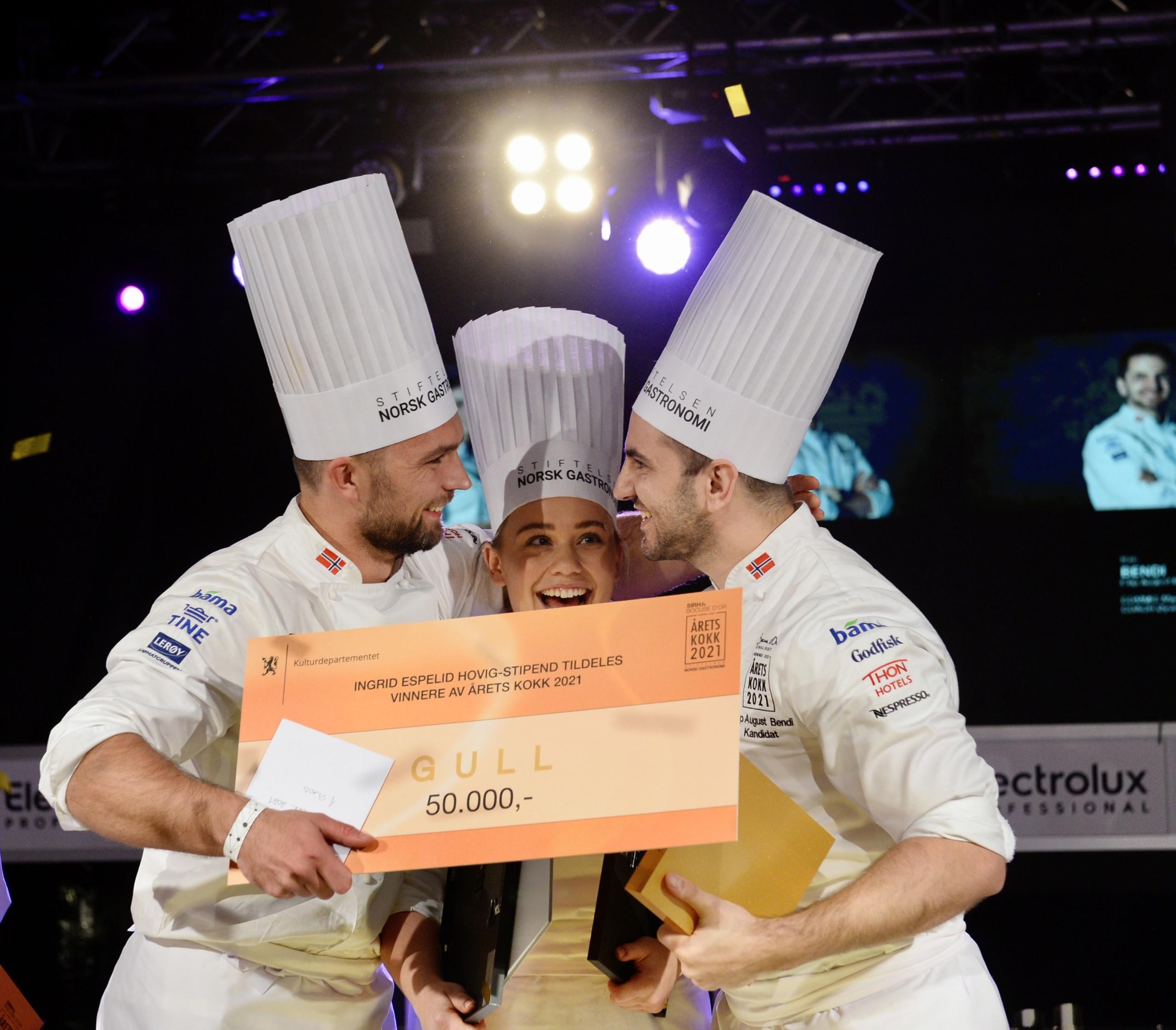 Vinneren av Årets kokk 2021 er Filip August Bendi